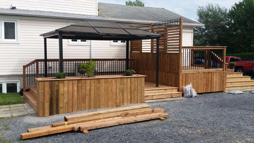 Terrasse extérieur en bois sherbrooke