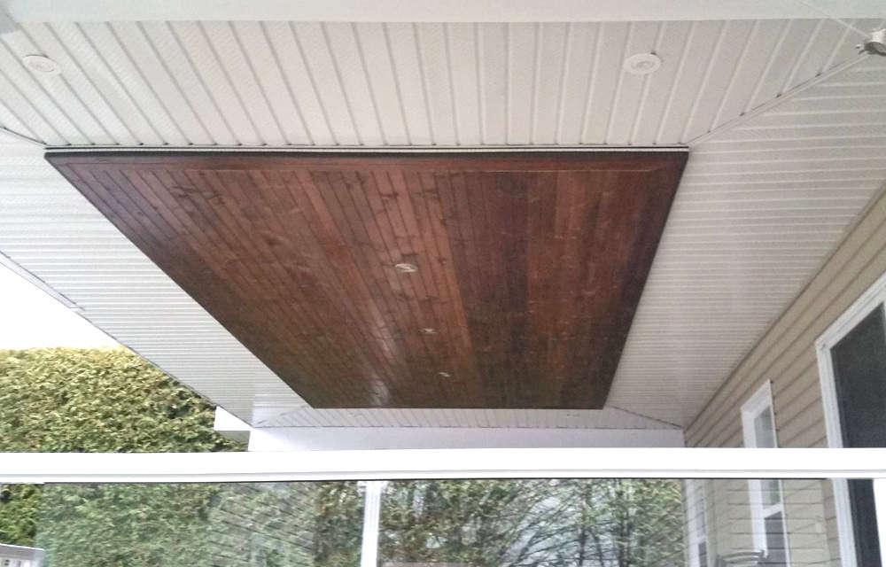 Installation d'un toit balcon arrière à Sherbrooke